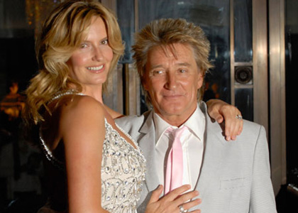 rod-stewart-penny-lancaster.sflb. Add comments