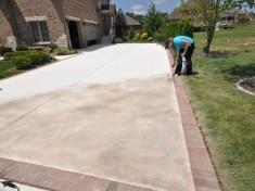Concrete Driveway Maintenance Tips